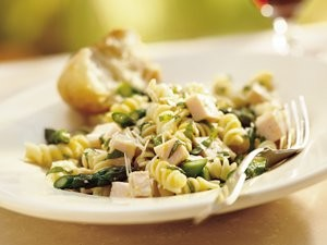 lemon-basil-chicken-pasta-salad